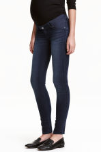 MAMA Super Skinny Low Jeans - 牛仔蓝黑 - Ladies | H&M CN 1