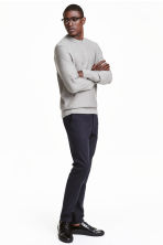 Chinos Skinny fit - Dark blue - Men | H&M 1
