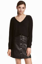 V-neck cashmere jumper - Black - Ladies | H&M CN 1