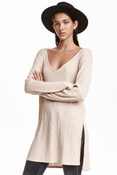 Knitted jumper with side slits - Beige - Ladies | H&M GB 1