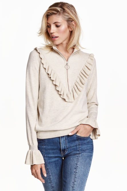 Fine-knit jumper with a frill