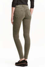 Shaping Skinny Regular Jeans - Khaki green -  | H&M CN 2