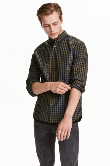 Shirt in cotton poplin - Khaki green/Checked - Men | H&M CN 1