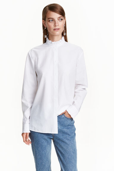 Shirt with a frilled collar - White - Ladies | H&M CN