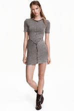 Abito con sezioni aperte - Grigio scuro washed out - DONNA | H&M IT 1