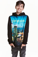 Printed hooded top - Black/City - Kids | H&M CN 1