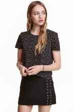Top with a scalloped trim - Black/Small floral - Ladies | H&M CN 1