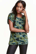 Patterned T-shirt - Dark khaki green - Ladies | H&M CN 1