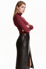 Ribbed polo-neck top - Burgundy - Ladies | H&M CN 1
