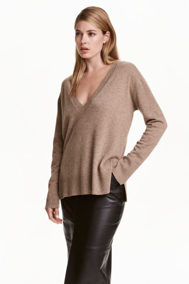 V-neck cashmere jumper - Dark beige marl - Ladies | H&M CN 1