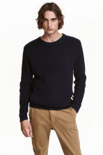 Textured-knit jumper - Dark blue - Men | H&M CN 1