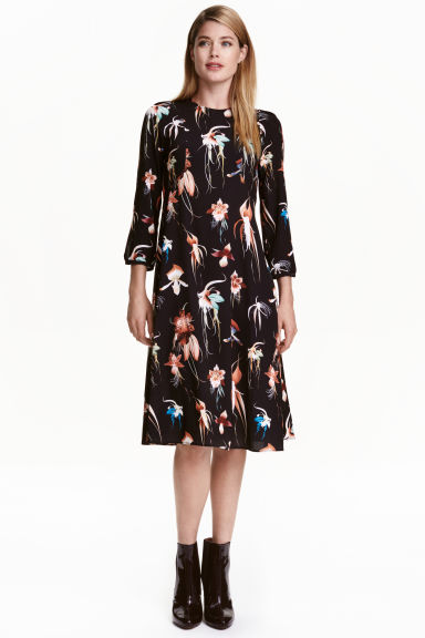 Knee-length dress - Black/Floral -  | H&M CN 1