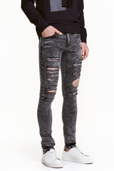 Super Skinny Low Ripped Jeans Model