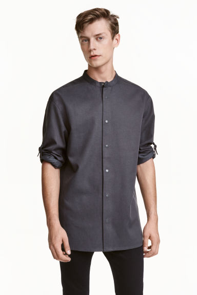 Shirt in a lyocell blend - Dark grey - Men | H&M CN 1