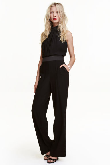 Halterneck jumpsuit - Black - Ladies | H&M CN