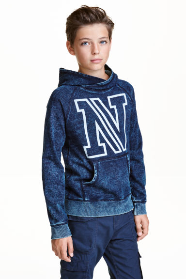 Hooded top with a washed look - Dark denim blue - Kids | H&M CN