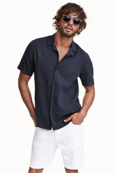 Short-sleeved shirt - Dark blue - Men | H&M CN