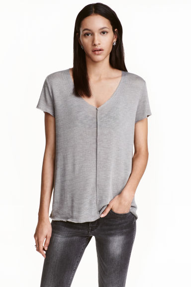 V-neck top - Grey - Ladies | H&M CN 1