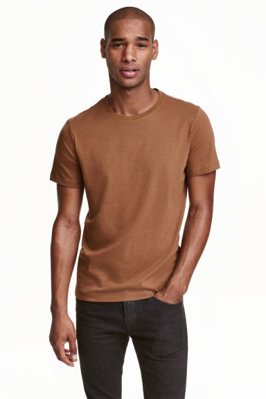 Round-neck T-shirt Regular fit - Dark camel - Men | H&M CN 1