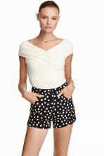 Twill shorts - Black/Spotted - Ladies | H&M CN 1