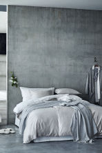 Washed satin duvet cover set - Light grey - Home All | H&M CN 1