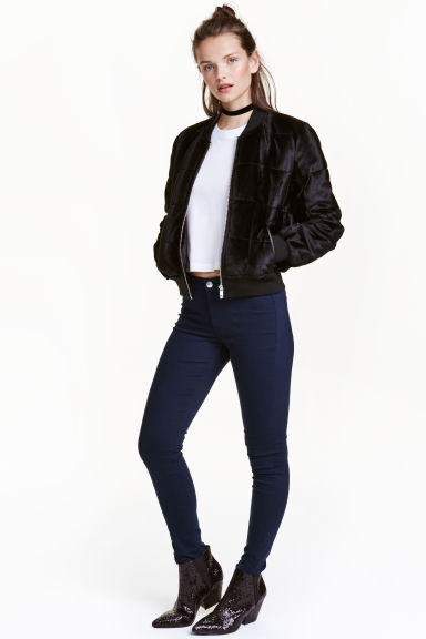 Superstretch jeans Model