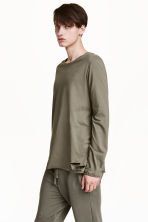 Trashed long-sleeved T-shirt - Khaki green - Men | H&M CN 1