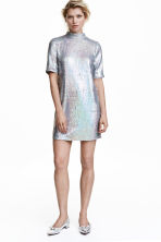Short sequined dress - Silver - Ladies | H&M CN 1