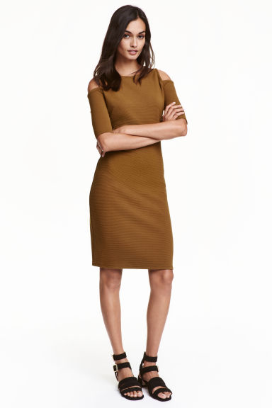 Cold shoulder dress - Dark olive green - Ladies | H&M CN 1