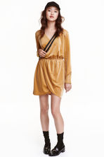 Velour dress with lace - Mustard yellow - Ladies | H&M CA 1