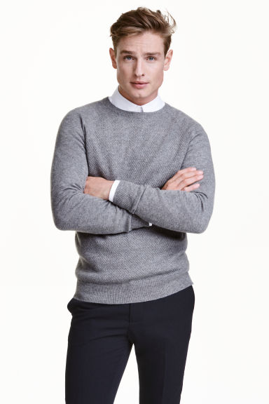 Textured cashmere jumper Model