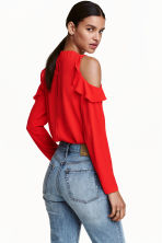 Cold shoulder crêpe blouse - Red - Ladies | H&M CN 1