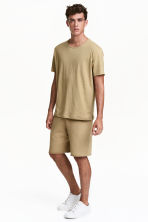 Short sweatshirt shorts - Khaki - Men | H&M CN 1