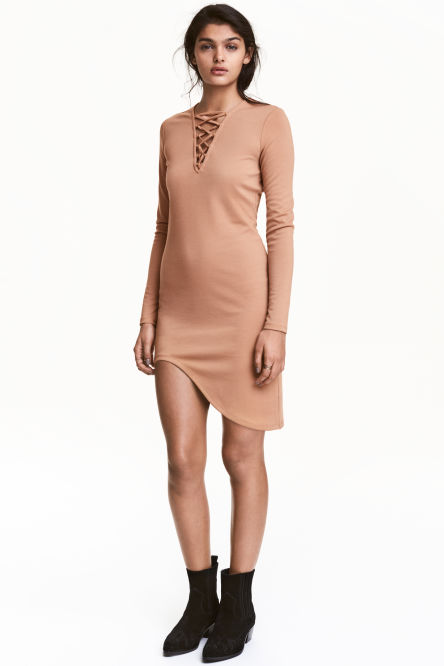 Jersey dress with lacing