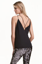 V-neck top - Black - Ladies | H&M GB 1