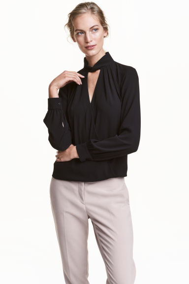 Blouse with a stand-up collar - Black - Ladies | H&M CN
