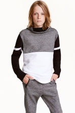 Funnel-collar sweatshirt - Black/White - Kids | H&M CN 1