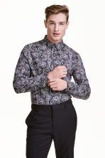 Shirt in premium cotton - Dark blue/Paisley - Men | H&M CN 1
