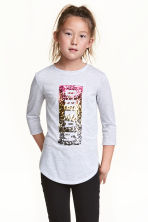 Jersey top with a motif - Light grey marl - Kids | H&M CN 1