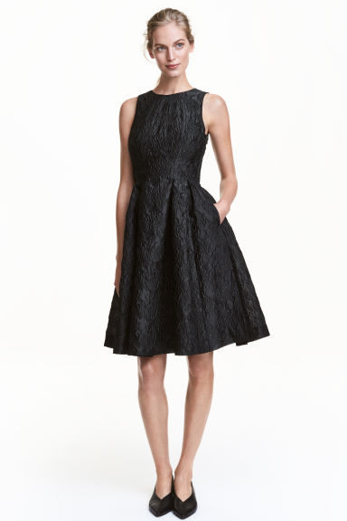 Jacquard-weave dress Model