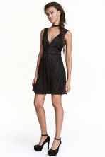 Pleated dress - Black - Ladies | H&M CN 1