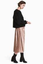 Pleated skirt - Powder beige - Ladies | H&M CN 1