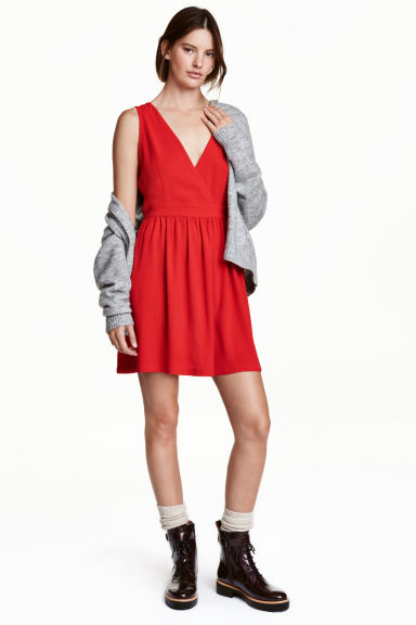 V-neck dress - Red - Ladies | H&M CN 1