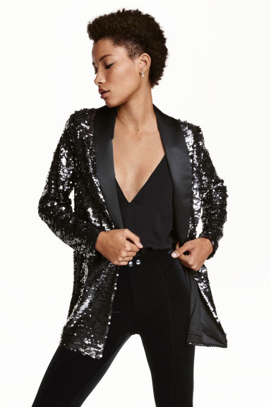 Sequined jacket Model