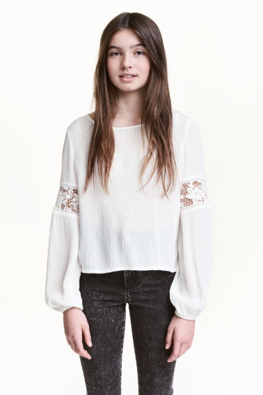 Crinkled top with lace - White -  | H&M 1