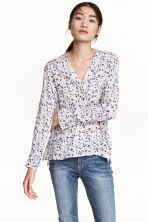 V-neck blouse - Powder pink/Floral - Ladies | H&M CN 1