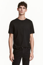 Round-neck T-shirt Regular fit - Black - Men | H&M 1