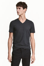 T-shirt scollo a V Slim fit - Grigio antracite - UOMO | H&M IT 1