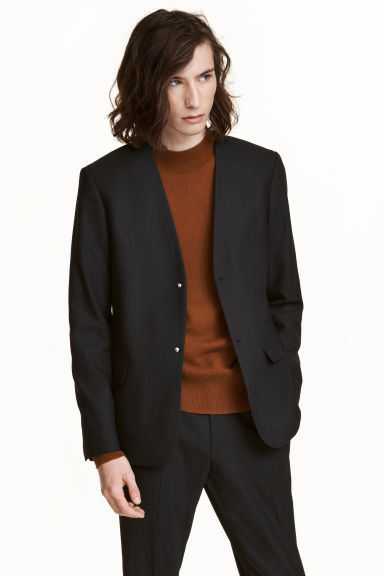 Collarless jacket Model