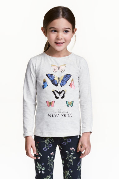 Long-sleeved top - Light beige/Butterflies - Kids | H&M 1